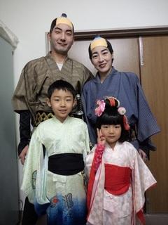 08.家族で出演.JPG