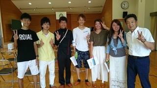 14.笑顔の卒業生達.JPG