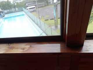 小学校の雨漏り2.JPG